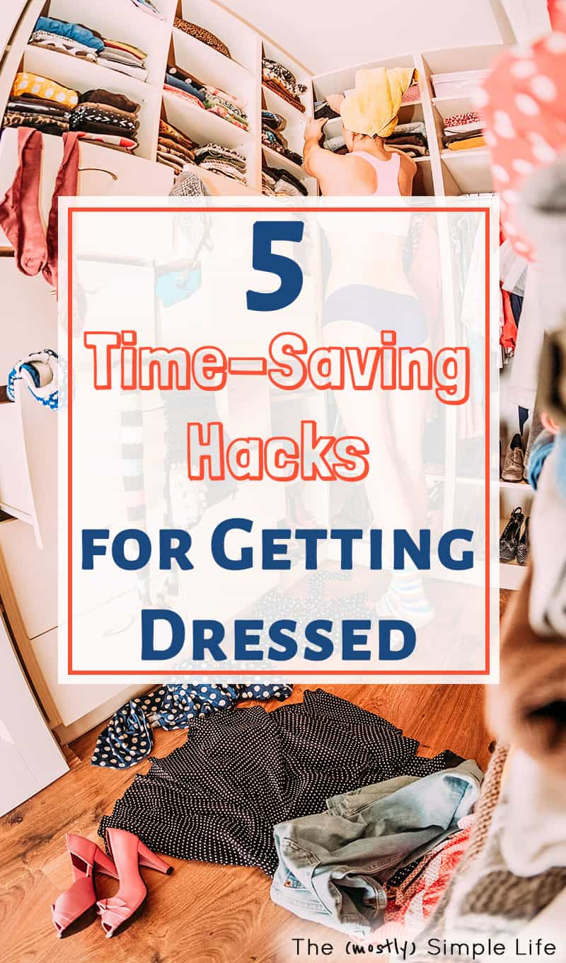 Loving these time saving tips to help you get ready fast. Get dressed faster and make mornings with these ideas - perfect for busy moms too. The outfit formula is my favorite strategy! #lifehacks #fashion #outfits #outfitformulas #mornings #timesavingtips #simple #morningroutine #casualoutfits #timesavinghacks #getdressed