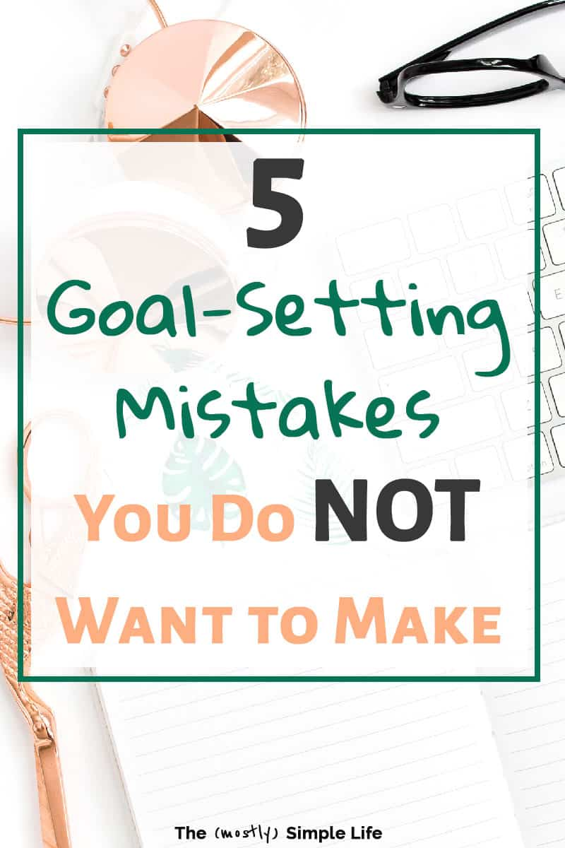 Don\'t miss these tips and ideas for successful goal setting! Perfect for adults setting personal, life, or professional goals. If you want to achieve goals, or make your New Years resolutions happen, this will show you how! #goals #goalsetting #goalgetter #goaldigger #newyears #newyearsresolution #resolutions #lifegoals #health #healthylifestyle #healthyliving #greatideas #tips