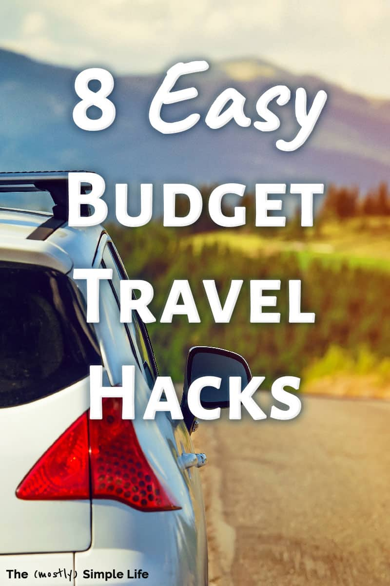 You\'re going to love these travel hacks for how to save money on vacation! Families can still have tons of fun while on a budget friendly trip -- ideas for ways to save money for road tips, family vacations, spring break and more in the USA! Great frugal tips for how to handle food, the budget, and activities! #travelhacks #savemoney #frugalliving