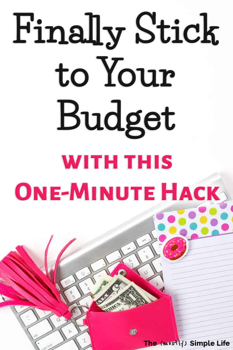 You are going to love this free spending tracker worksheet that you can use daily to help you stick to your budget! It\'s the perfect place to start for beginners who want to save money and improve their finances. If you\'re living paycheck to paycheck, this printable will help you turn things around. Make up a little budget binder and get started! #budget #money #daveramsey #personalfinance #paycheck