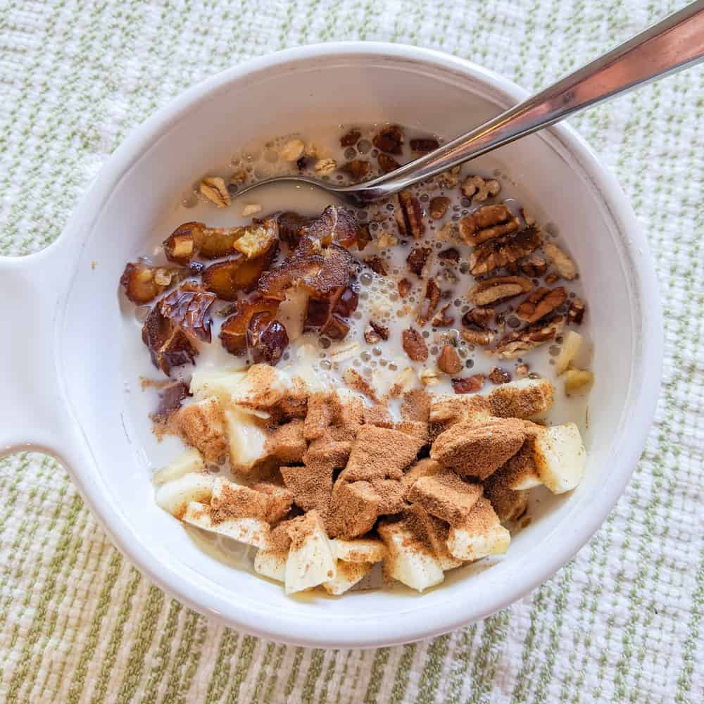 Banana Nut Muesli with Milk