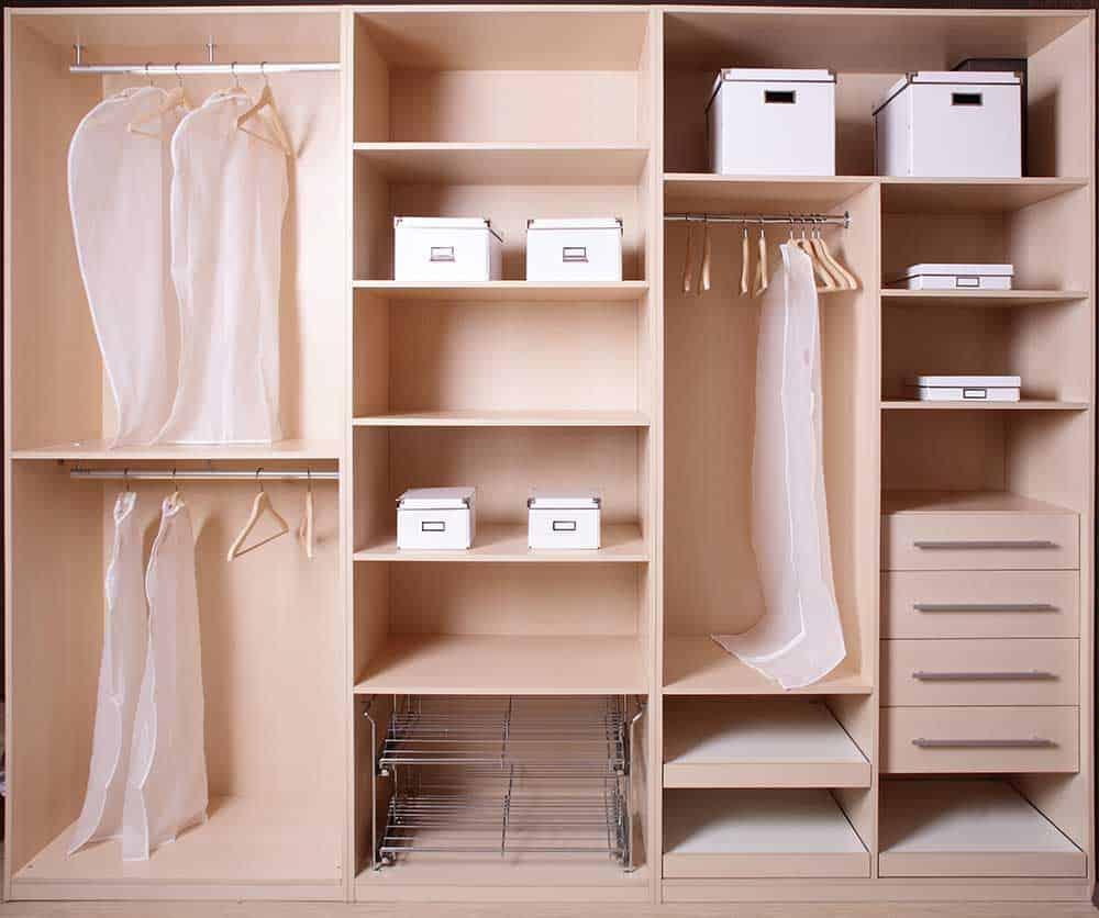 bedroom wardrobe organization